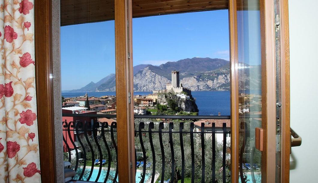 Hotel Augusta Malcesine Book Now Save On Accommodation In